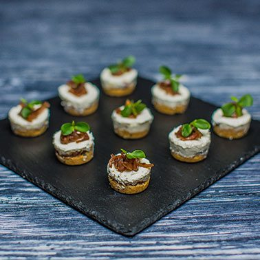 Canap s dubai canapes catering in dubai uae 1762 1762 for Canape caterers